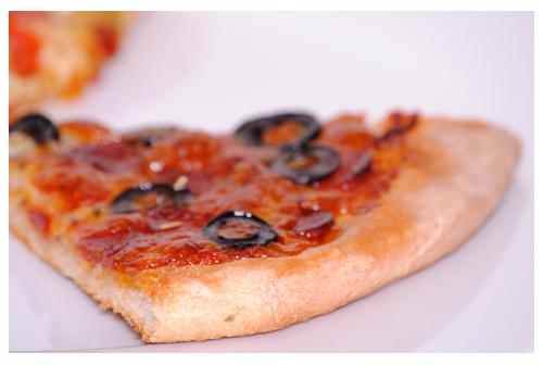 Masa con salsa de pizza italiana