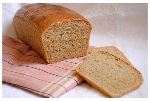 Pan de molde con leche de almendras