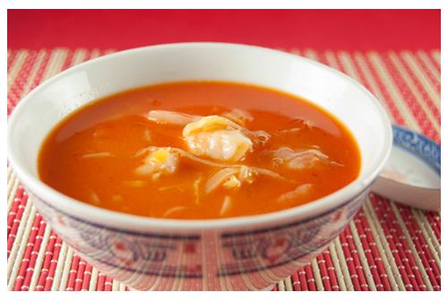 Sopa thai de langostinos y puerros